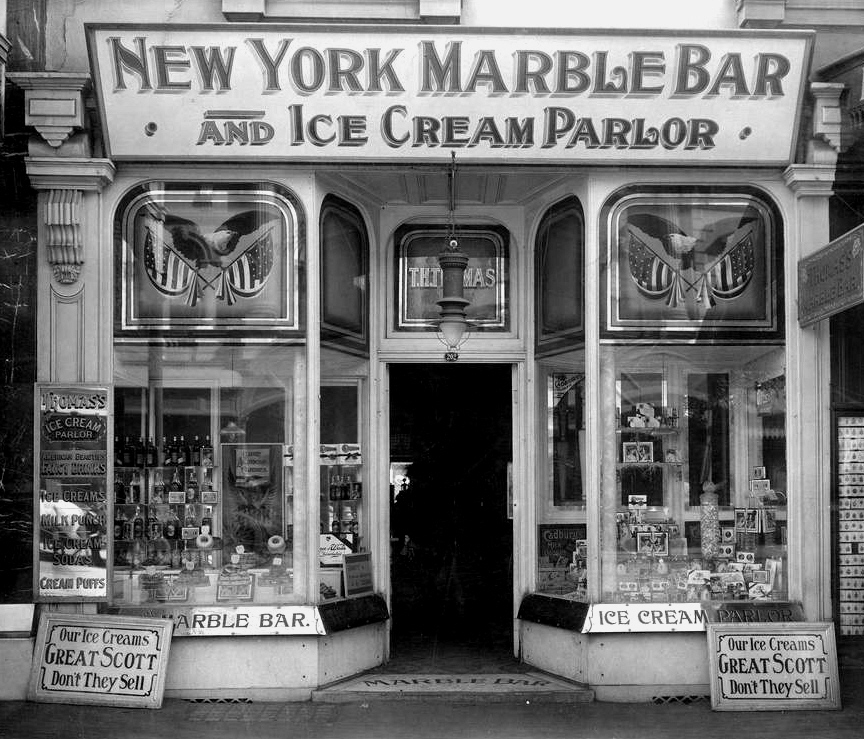 New York Ice Cream Parlor