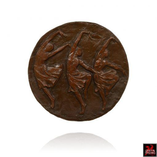Una Hanbury Ballerinas sculpture in bronze.